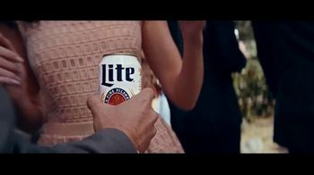 Miller Lite TV Spot, 'Wedding' Song by The Heavy - Thumbnail 7