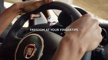FIAT 500X TV Spot, 'Fingerdance' Song by Dej Loaf [T1] - Thumbnail 5