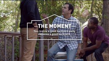 Lowe's 4th of July Savings TV Spot, 'The Moment: Good Back Yard: Mulch' - Thumbnail 5