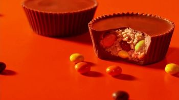 Reese's Pieces Big Cup TV Spot, 'Decisions' - Thumbnail 8