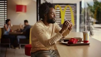 McDonald's Bacon Smokehouse Burger TV Spot, 'Smoke, Sass and Tang' - Thumbnail 8
