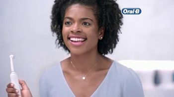 Oral-B TV Spot, \'On the Fence\'