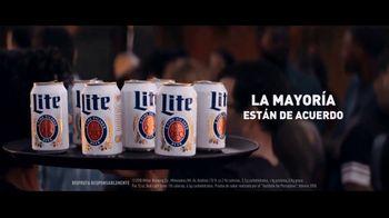 Miller Lite TV Spot, 'Bandejas' [Spanish] - Thumbnail 3