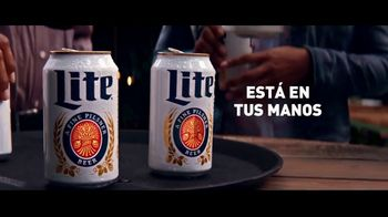 Miller Lite TV Spot, 'Bandejas' [Spanish] - Thumbnail 9