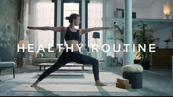 Dannon Activia Probiotic Dailies TV Spot, 'Healthy Routine: Feel My Best' - Thumbnail 3