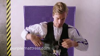 Purple Mattress TV Spot, 'The Human Egg Drop Test: Free Pillow' - Thumbnail 3