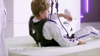Purple Mattress TV Spot, 'The Human Egg Drop Test: Free Pillow' - Thumbnail 8
