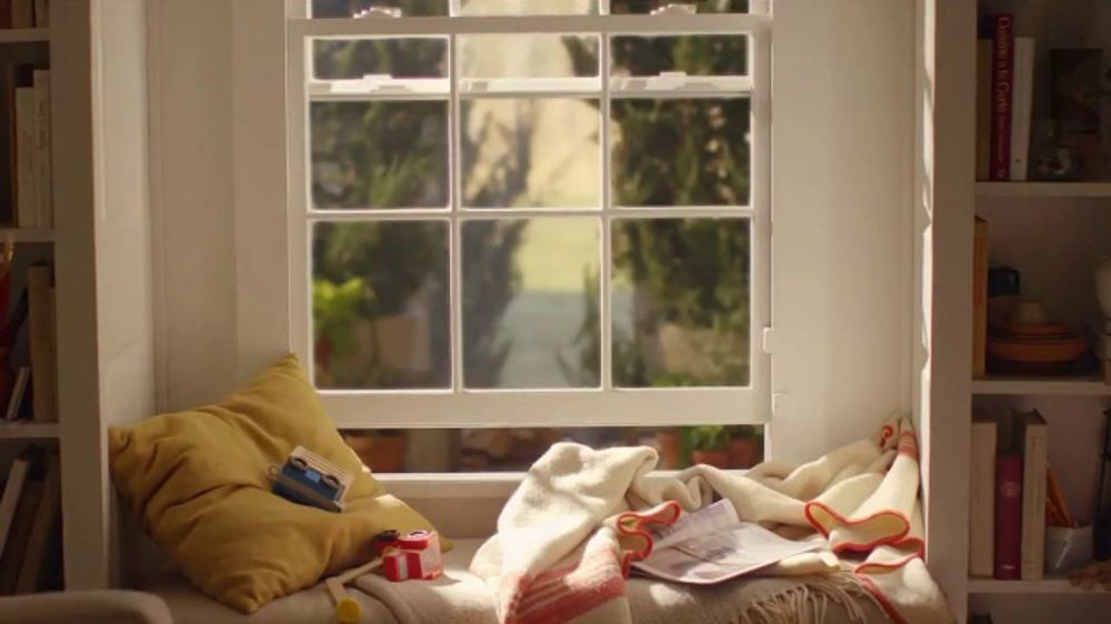 SimpliSafe TV Commercial, 'Window Seat' Song by Etta James