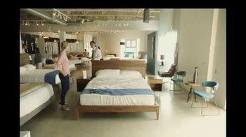 Synchrony Financial TV Spot, 'Full Bed' - Thumbnail 7
