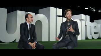 Verizon Unlimited TV Spot, 'Shirt Swap' Featuring Landon Donovan - Thumbnail 5