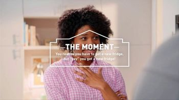 Lowe's 4th of July Savings TV Spot, 'The Moment: New Fridge' - Thumbnail 4