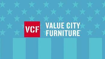 Value City Furniture 4th of July Sale TV Spot, 'Alpine White' - Thumbnail 3