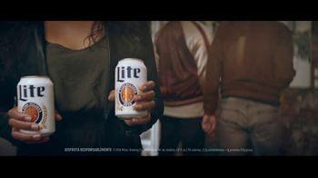 Miller Lite TV Spot, 'Galería de arte' [Spanish] - Thumbnail 2