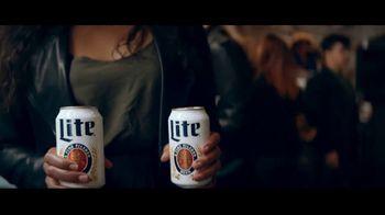 Miller Lite TV Spot, 'Galería de arte' [Spanish] - Thumbnail 5