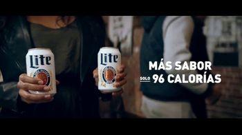 Miller Lite TV Spot, 'Galería de arte' [Spanish] - Thumbnail 7