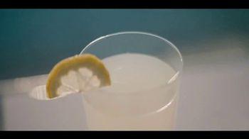 LG G7 ThinQ TV Spot, 'Poolside' Song by Black Box - Thumbnail 2
