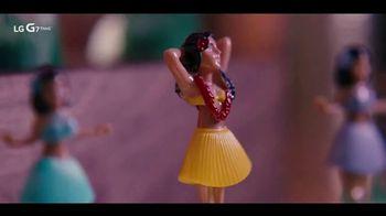 LG G7 ThinQ TV Spot, 'Poolside' Song by Black Box - Thumbnail 8
