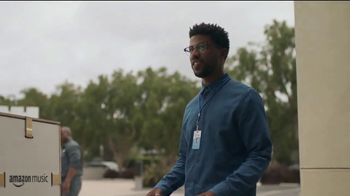 AT&T Unlimited &More TV Spot, 'More for Your Thing: Delivery' - Thumbnail 3