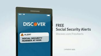Discover Card Social Security Number Alerts TV Spot, 'Butt Dial' - Thumbnail 7