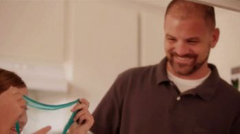 Comcast Internet Essentials TV Spot, 'Share More' - Thumbnail 4