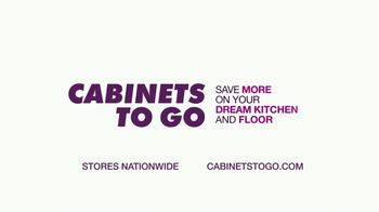 Cabinets To Go Annual Fall Kitchen Makeover Sale TV Spot, 'Kitchen Remodel' - Thumbnail 10