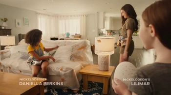 Hatchimals Hatchibabies TV Spot, 'Nickelodeon: Presents' Featuring Daniella Perkins, Lilimar - Thumbnail 2