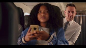 American Airlines App TV Spot, 'The Best in Entertainment Travels With You' - Thumbnail 8