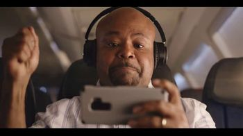 American Airlines App TV Spot, 'The Best in Entertainment Travels With You' - Thumbnail 9