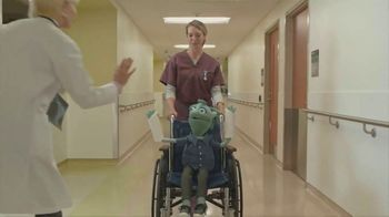 Bright Health TV Spot, 'Hall of High Fives' - Thumbnail 3