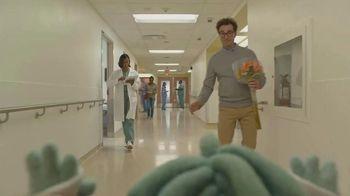 Bright Health TV Spot, 'Hall of High Fives' - Thumbnail 5