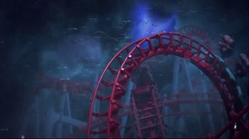 Six Flags Fright Fest Opening Sale TV Spot, 'Fright Fest: Save 40' - Thumbnail 5