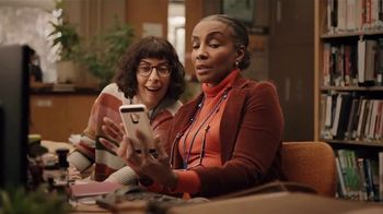 Dunkin' Donuts $2 Iced Coffee TV Spot, 'Library' - Thumbnail 5
