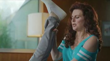 Sling TV Spot, 'Slingers Love Action' Featuring Nick Offerman, Megan Mullally - Thumbnail 2