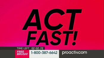 ProactivMD TV Spot, 'Deluxe Brush Offer (120s En -G5)' - Thumbnail 9