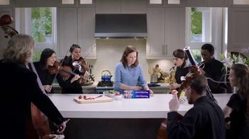 Reynolds KITCHENS Quick Cut Plastic Wrap TV Spot, 'Tiniest Victory'