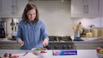 Reynolds KITCHENS Quick Cut Plastic Wrap TV Spot, 'Tiniest Victory' - Thumbnail 2