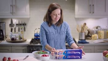 Reynolds KITCHENS Quick Cut Plastic Wrap TV Spot, 'Tiniest Victory' - Thumbnail 4