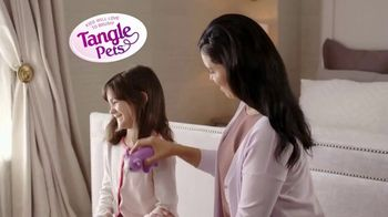 Tangle Pets Brush TV Spot, 'Lovable Detangling Solution'