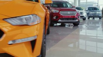 Ford Built for the Holidays Sales Event TV Spot, 'Holidays: Henry's Little Helpers' [T1] - Thumbnail 8