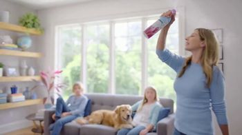 Febreze Air Effects TV Spot, 'Otra vez' [Spanish] - Thumbnail 9