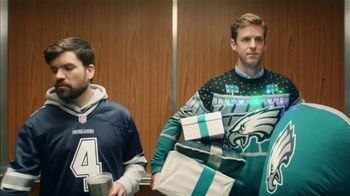 NFL Shop TV Spot, 'Elevator: Special Offer' - Thumbnail 3