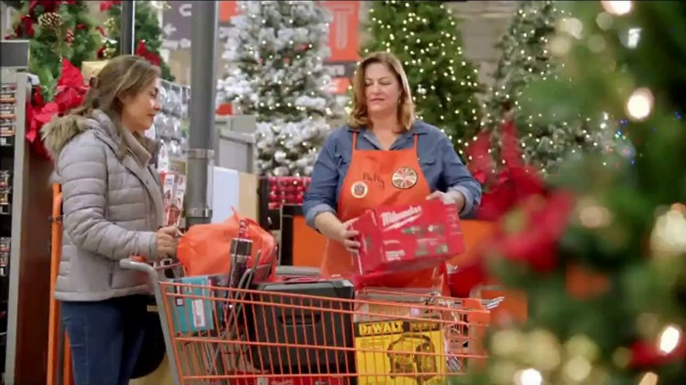 The Home Depot Black Friday Savings TV Commercial, 'The Doers: Tool Set'