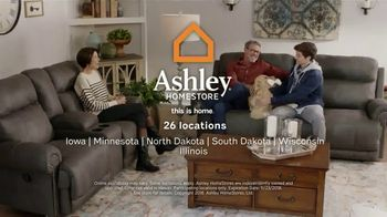 Ashley HomeStore Black Friday TV Spot, 'Sofas, Sectionals, and Queen Beds' Song by Midnight Riot - Thumbnail 10