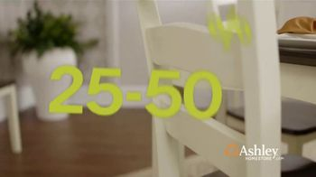 Ashley HomeStore Black Friday TV Spot, 'Sofas, Sectionals, and Queen Beds' Song by Midnight Riot - Thumbnail 3