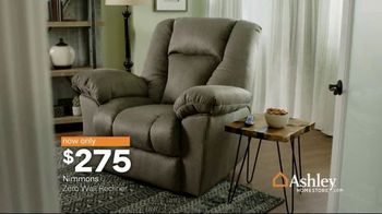 Ashley HomeStore Black Friday Sale TV Spot, 'Mattresses, Bed and Sets' Song by Midnight Riot - Thumbnail 6