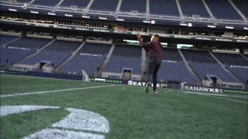 USAA TV Spot, 'NFL Salute to Service: Seahawks Thanksgiving' - Thumbnail 8