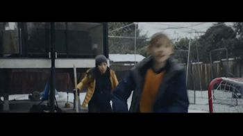 Microsoft TV Spot, 'Holiday: Reindeer Games' - Thumbnail 3
