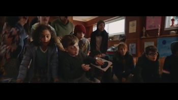 Microsoft TV Spot, 'Holiday: Reindeer Games' - Thumbnail 9