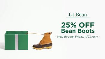 L.L. Bean Black Friday Sale TV Spot, '2018 Holidays: Bean Boots' - Thumbnail 6