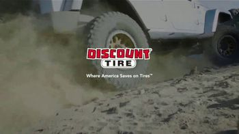 Discount Tire Black Friday Sale TV Spot, 'Traction, Style & Peace of Mind' - Thumbnail 8
